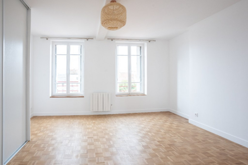 Rental apartment Saint germain en laye 2050€ CC - Picture 3