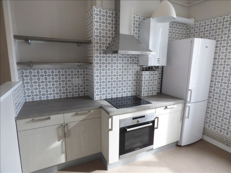 Location appartement Le puy en velay 521,79€ CC - Photo 1