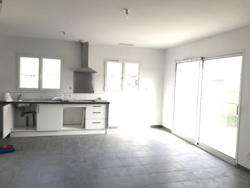 Rental house / villa Merville 862€ CC - Picture 2