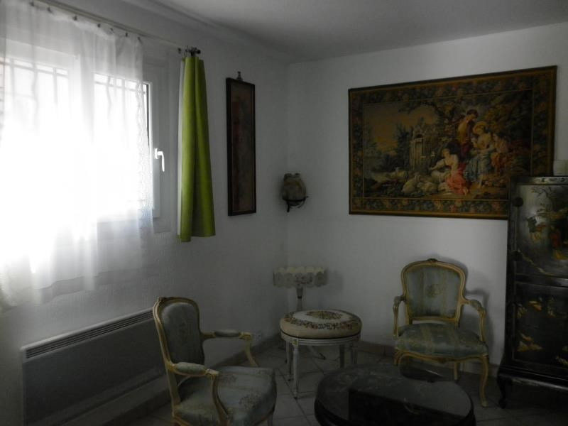 Sale house / villa Hyeres 262 000€ - Picture 3