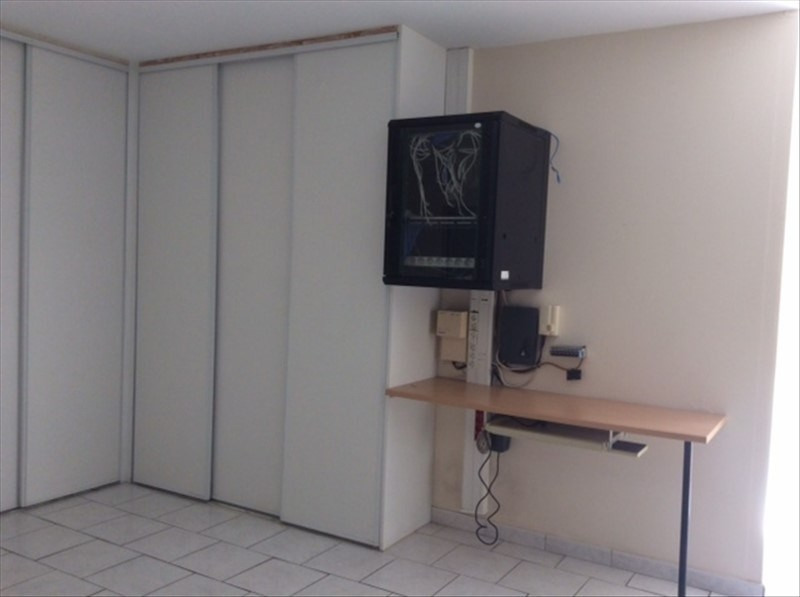 Location local commercial Cholet 2 200€ HT/HC - Photo 5