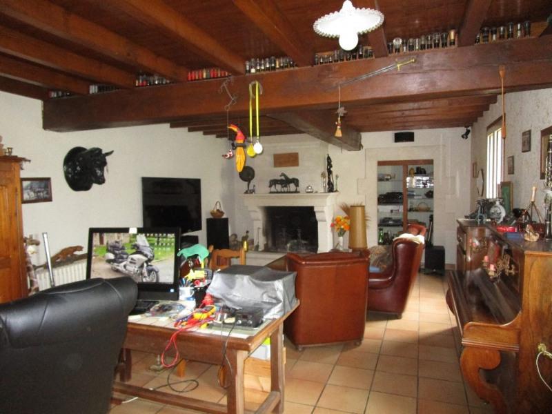 Sale house / villa Germond rouvre 313900€ - Picture 5