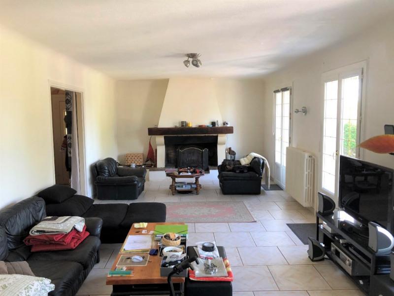 Sale house / villa Chaumont en vexin 282160€ - Picture 2