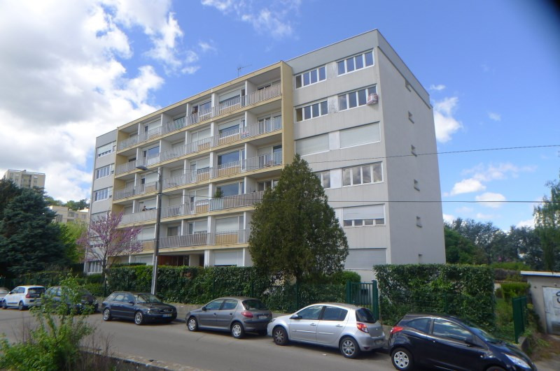 Location appartement Oullins 515€ CC - Photo 1