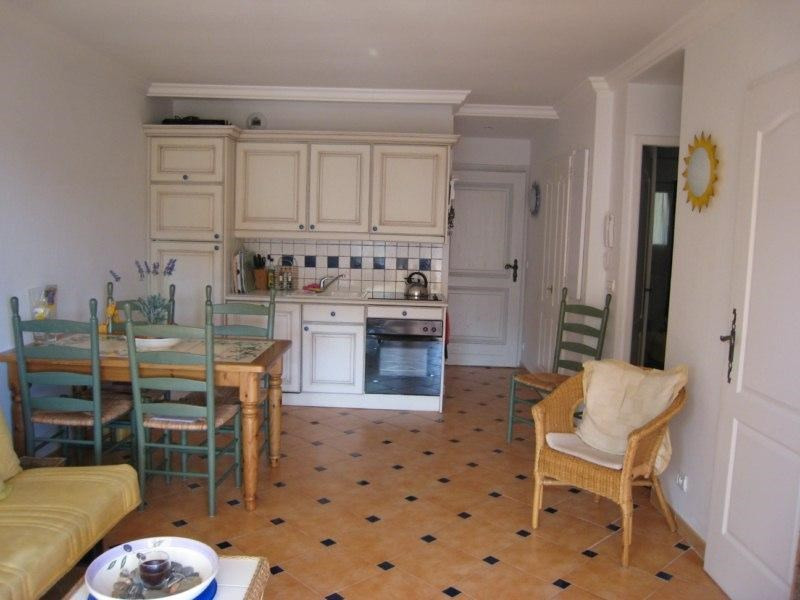 Vacation rental apartment Cavalaire 550€ - Picture 1