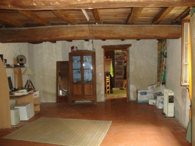 Sale house / villa Villeneuve-la-comtesse 259700€ - Picture 2