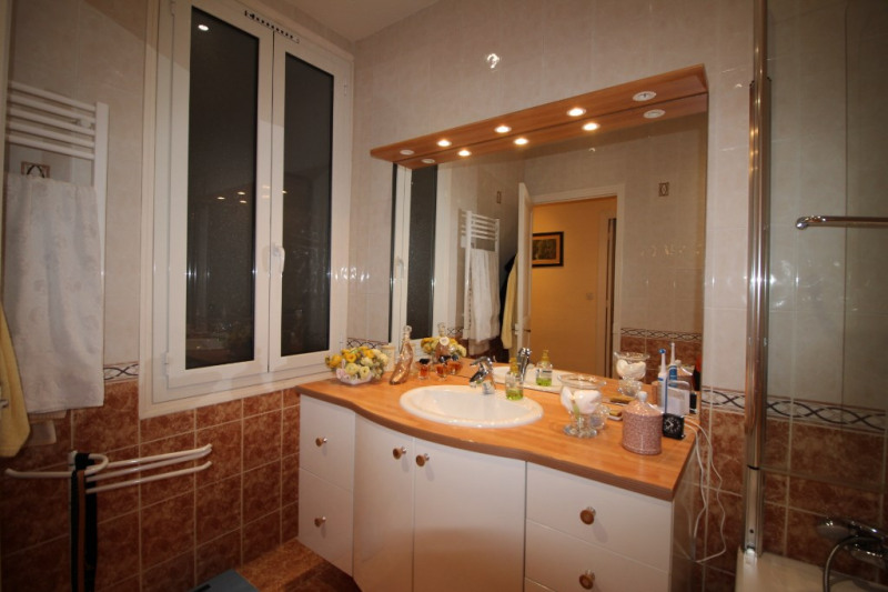 Deluxe sale apartment Nice 765 000€ - Picture 10