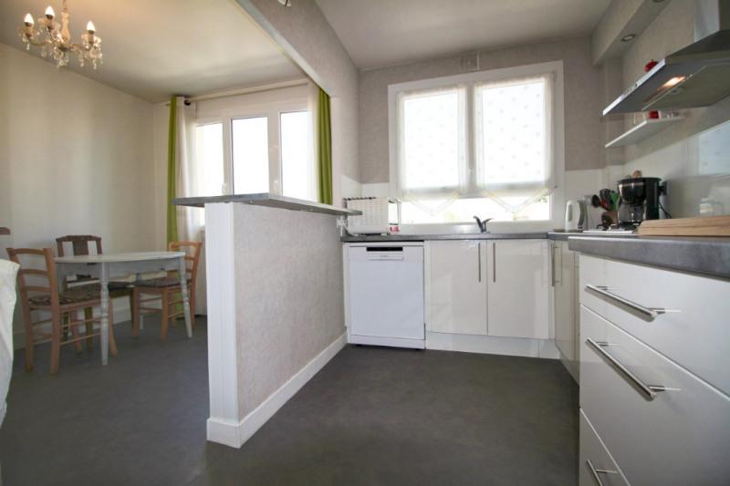 Sale apartment Lorient 123540€ - Picture 2