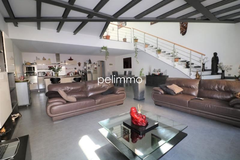 Sale house / villa La fare les oliviers 480000€ - Picture 1