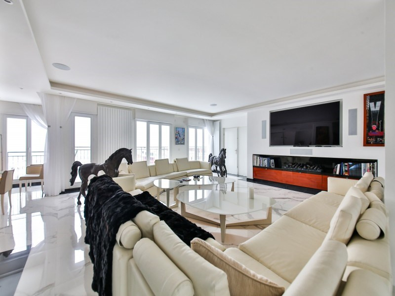 Deluxe sale apartment Puteaux 2 950 000€ - Picture 1