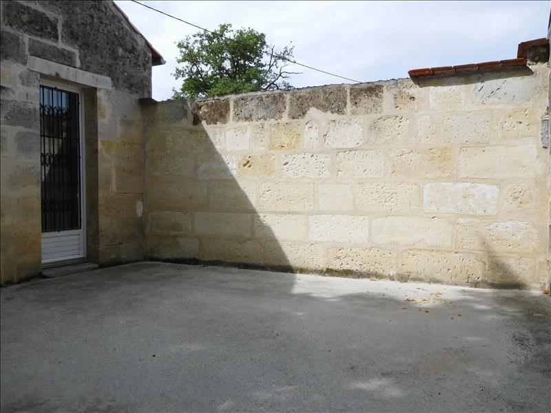 Location maison / villa St andre de cubzac 712€ CC - Photo 11