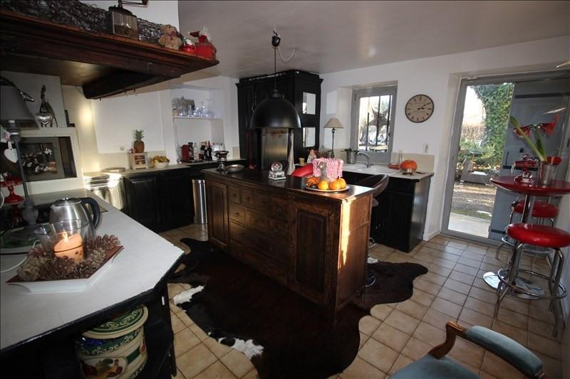 Deluxe sale house / villa Fillinges 690000€ - Picture 6