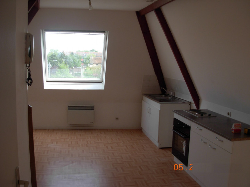 Rental apartment Saint omer 420€ CC - Picture 1