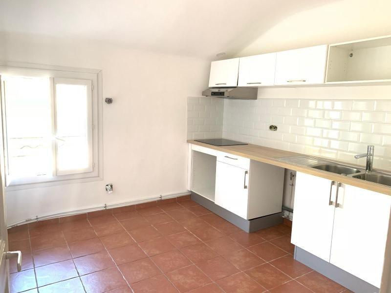 Rental apartment Aix en provence 798€ CC - Picture 1