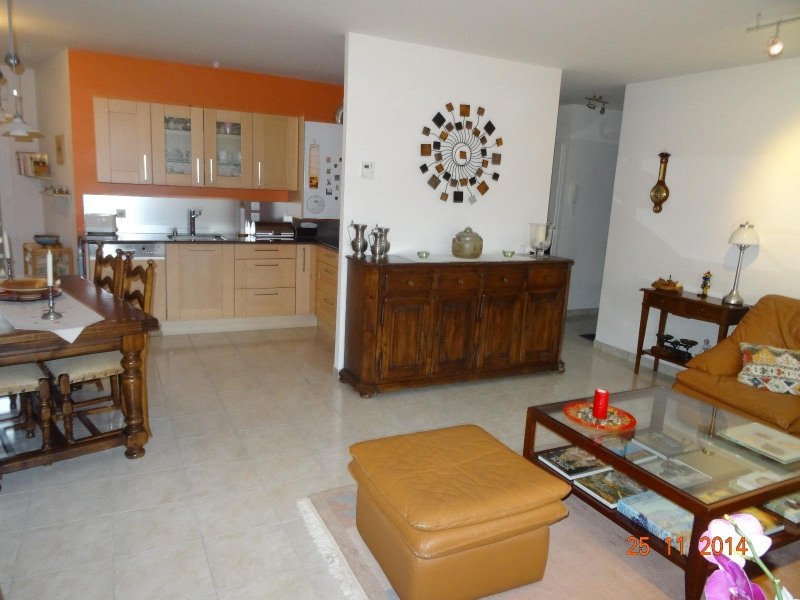 Sale apartment Archamps 399 000€ - Picture 2