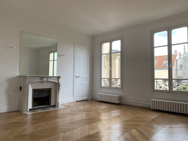 Location appartement Versailles 2 600€ CC - Photo 2