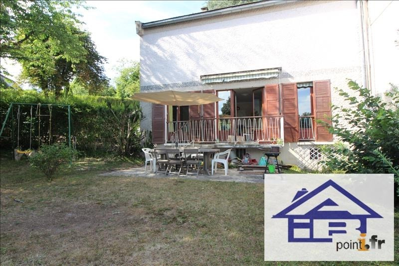 Sale apartment Mareil marly 445000€ - Picture 1