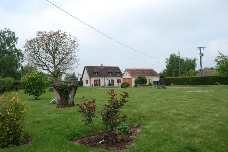 Sale house / villa Verneuil d'avre et d'iton 207000€ - Picture 1