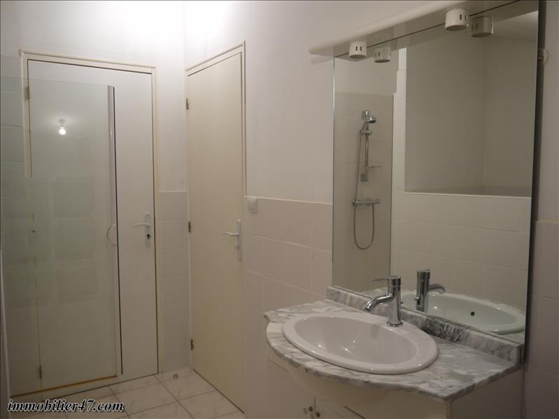 Rental apartment Castelmoron sur lot 390€ CC - Picture 7