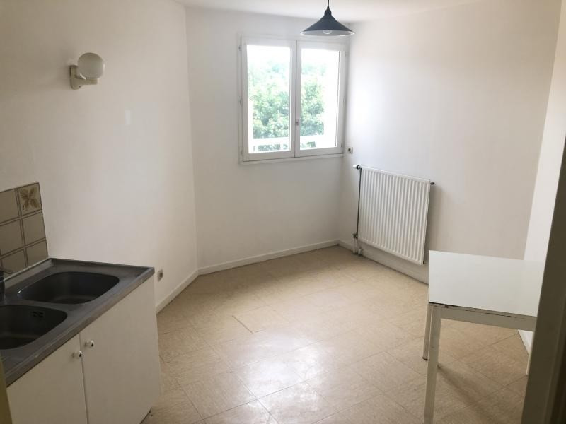 Vente appartement Evry 111 000€ - Photo 3