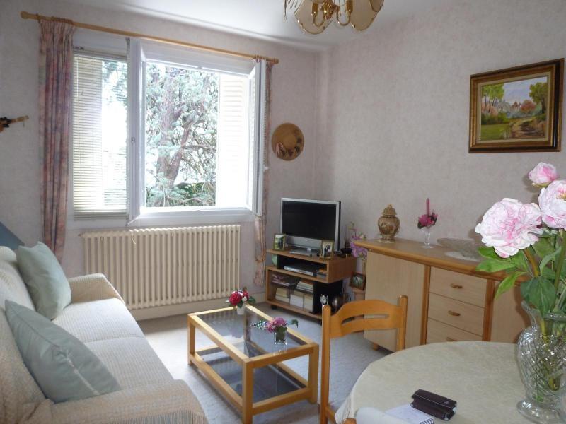 Sale apartment Vichy 59900€ - Picture 1