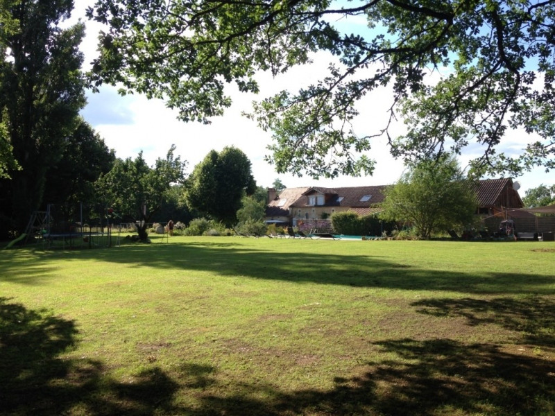 Deluxe sale house / villa Villamblard 600000€ - Picture 2