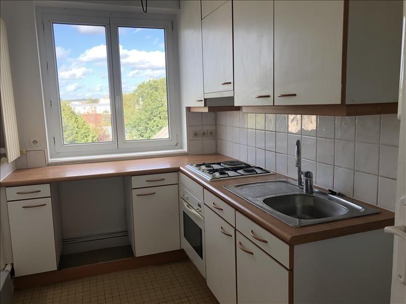 Rental apartment Versailles 893€ CC - Picture 4