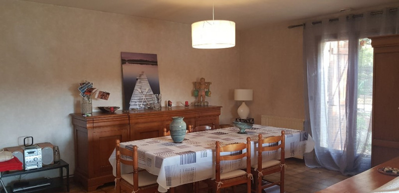 Sale house / villa Foulayronnes 212000€ - Picture 2