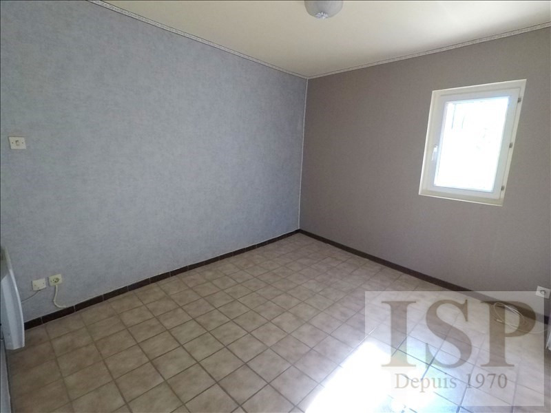 Rental apartment Les milles 562€ CC - Picture 5