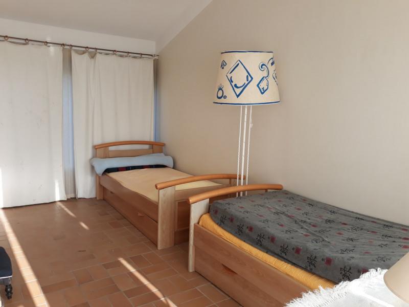 Location vacances maison / villa Les issambres 610€ - Photo 9