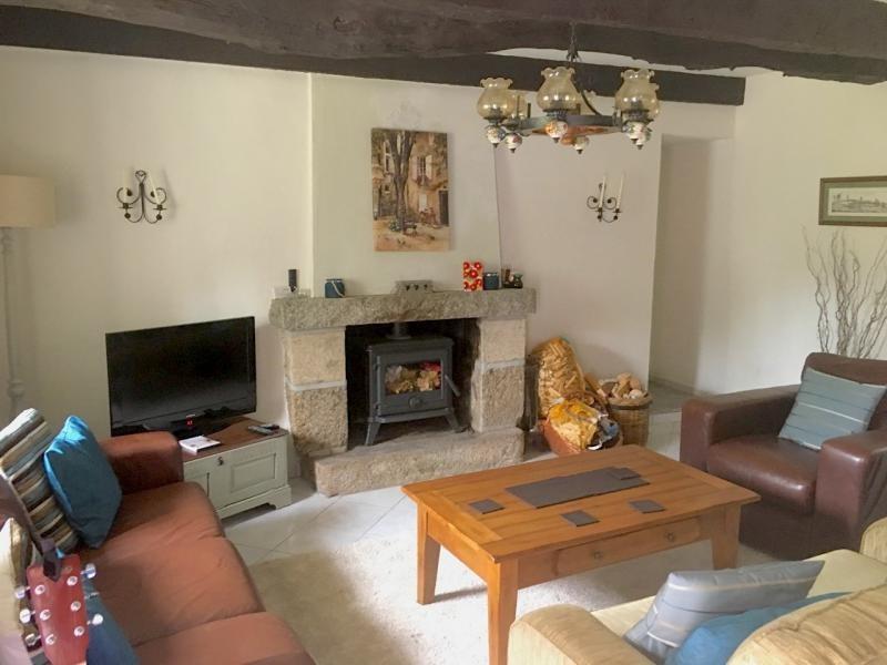 Sale house / villa St nicolas du pelem 85000€ - Picture 2