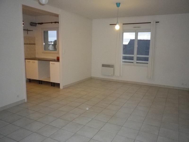 Location appartement Sainte luce sur loire 710€ CC - Photo 2