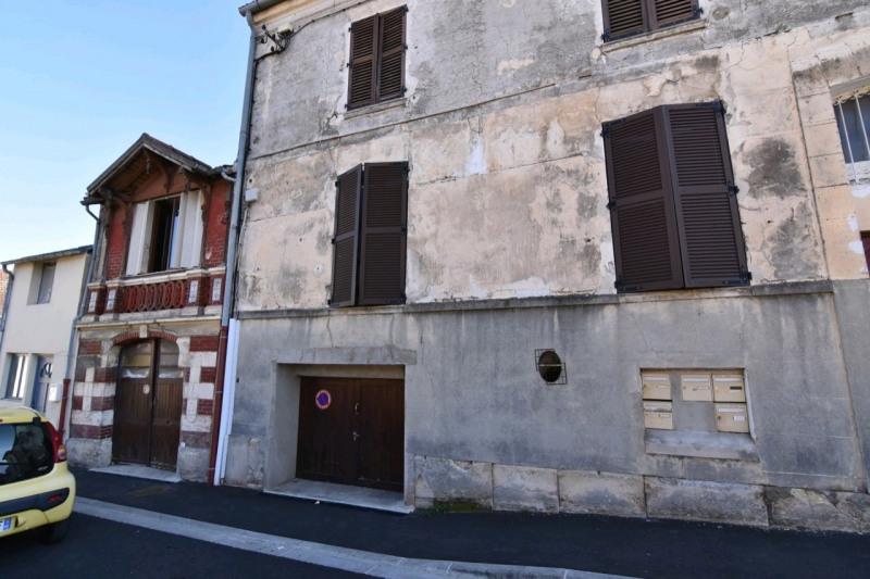 Sale house / villa Beaumont sur oise 145800€ - Picture 1