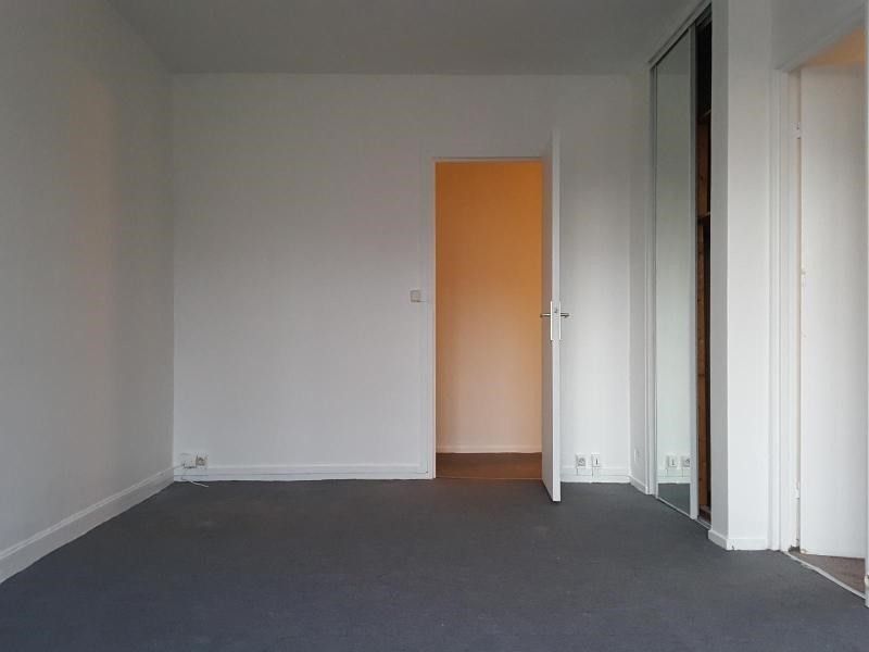 Location appartement Meudon la foret 820€ CC - Photo 1