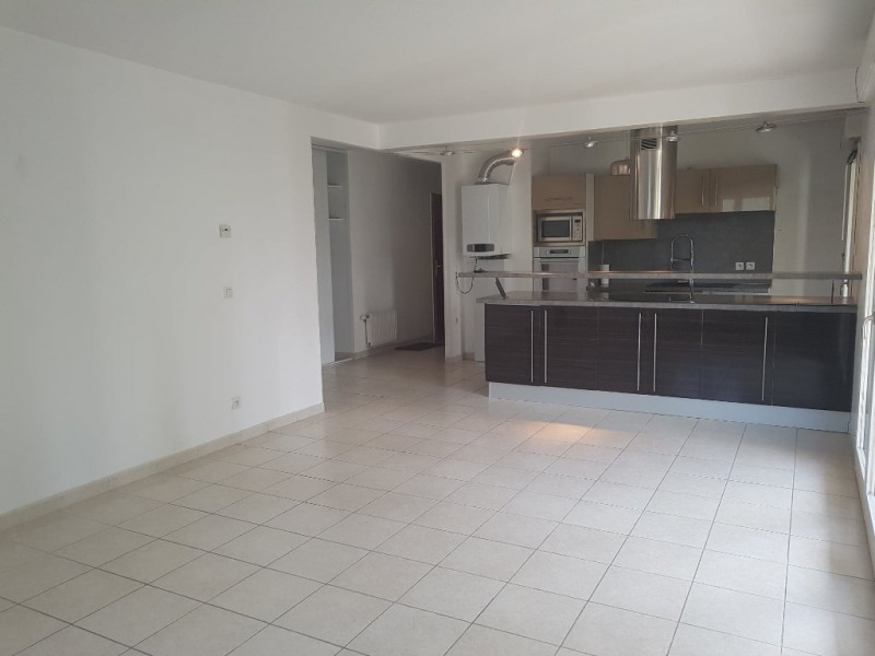 Rental apartment Romans sur isere 820€ CC - Picture 1