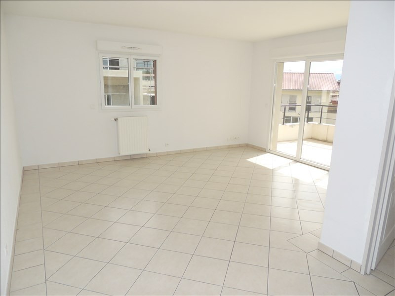 Sale apartment Prevessin-moens 305 000€ - Picture 3