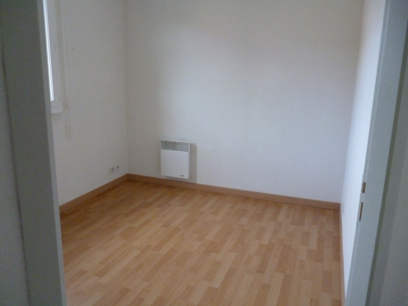 Rental apartment Tarbes 376€ CC - Picture 3