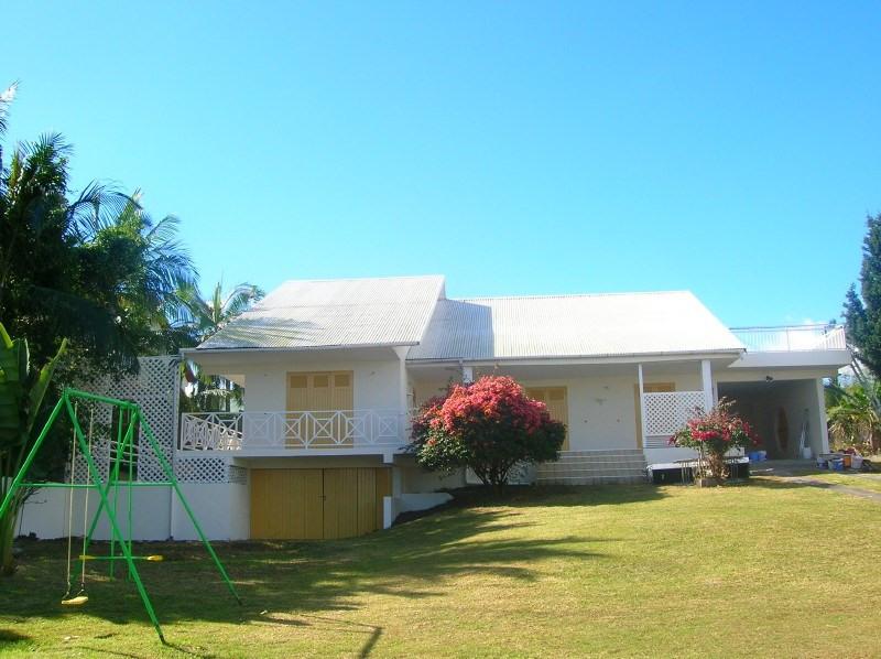 Location maison / villa Les trois mares 1233€ +CH - Photo 1
