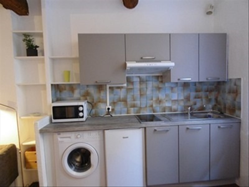 Rental apartment Aix en provence 650€ CC - Picture 2
