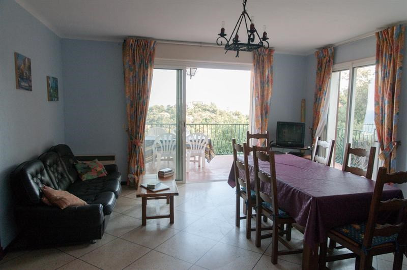 Location vacances maison / villa Les issambres 970€ - Photo 5