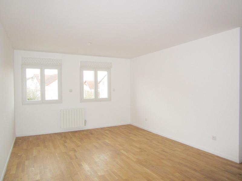 Location appartement Saint-cyr-l'école 1000€ CC - Photo 3