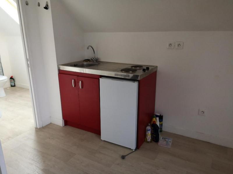 Rental apartment Montargis 300€ CC - Picture 3