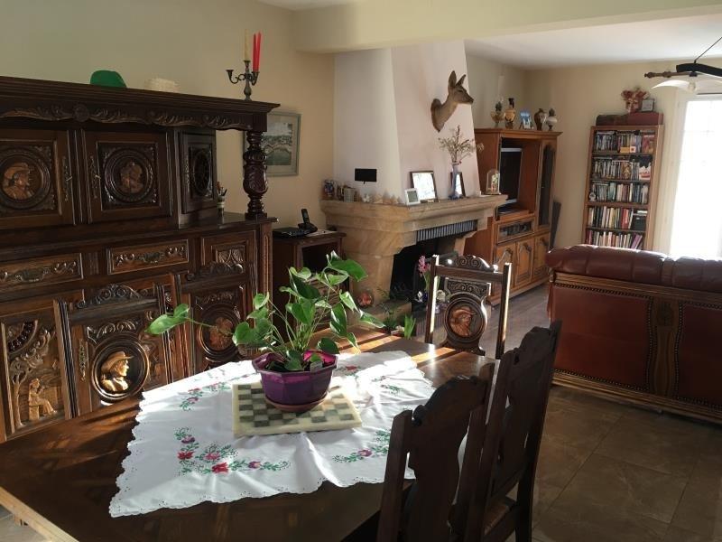 Sale house / villa Bornel 320000€ - Picture 3