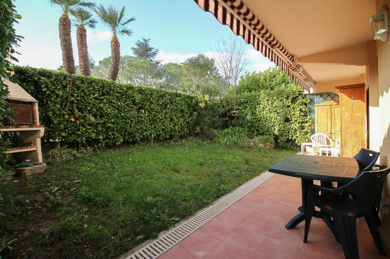 Sale apartment Nice 245000€ - Picture 2