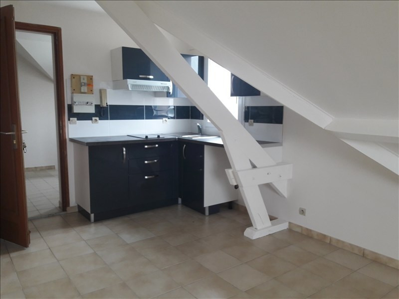 Rental apartment Limours 495€ CC - Picture 2