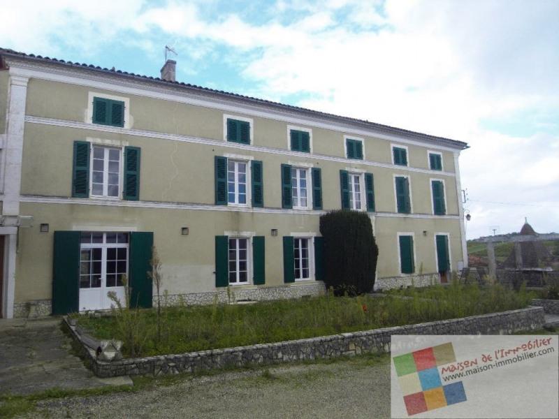 Location maison / villa Cherves richemont 1036€ CC - Photo 1