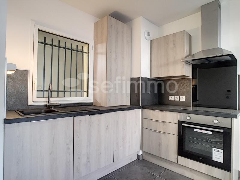Location appartement Marseille 7ème 790€ CC - Photo 4