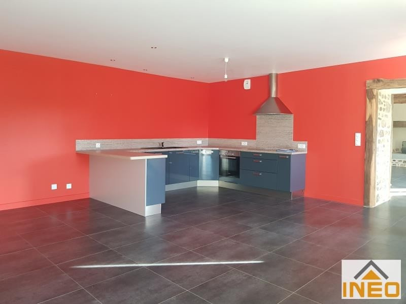 Location maison / villa La chapelle chaussee 1 200€ CC - Photo 2