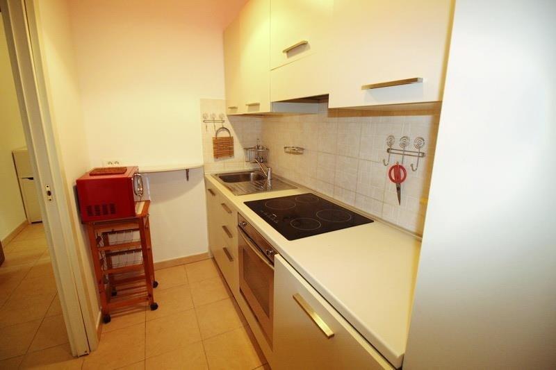 Rental apartment Nice 980€ CC - Picture 7