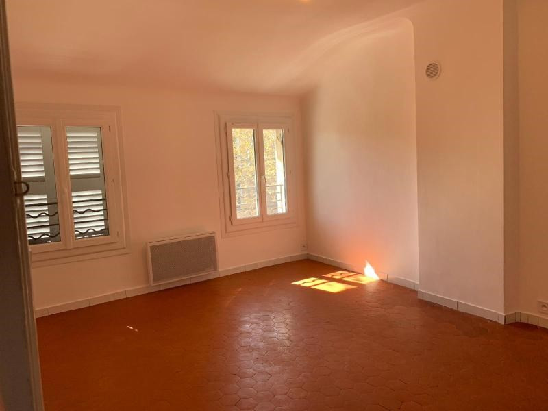 Rental apartment Aix en provence 798€ CC - Picture 5